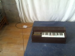 Electric Chord Organ