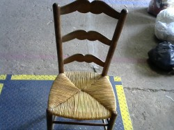 chaise asise beige